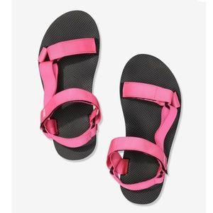 VS PINK Festival Sandals